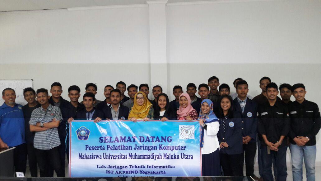 Pelatihan Jaringan Komputer untuk Mahasiswa Universitas Muhammadiyah Maluku Utara
