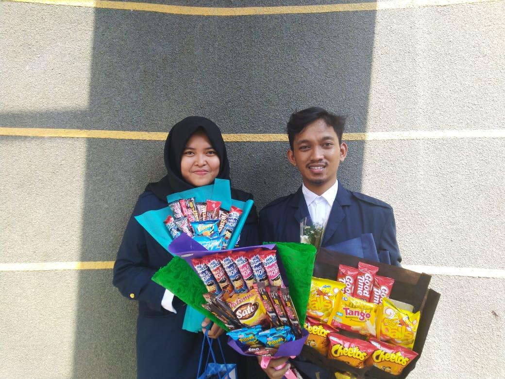 Mahasiswa  Jurusan Teknik Informatika IST AKPRIND Yogyakarta telah berhasil menyelesaikan kuliah dalam 7 semester