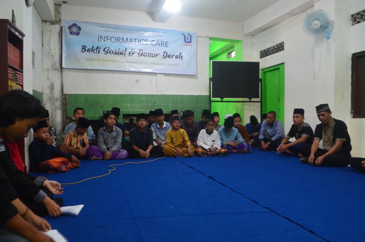 Himpunan Mahasiswa Teknik Informatika AKPRIND menyelenggarakan kegiatan Inforamatics Care dengan megadakan Acara bakti sosial di  Panti Asuhan Ulil Albab