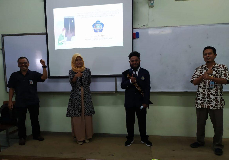 Yeremei D. Worembai mahasiswa Papua Yakinkan dosen penguji Lulus Informatika-IST AKPRIND tepat  waktu 8 Semester