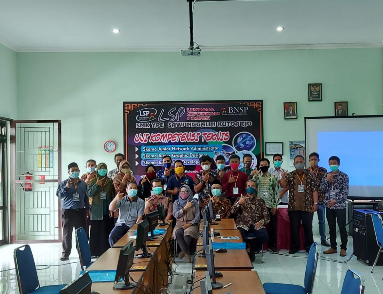 TUK Mandiri Informatika Certified   IST AKPRIND Yogyakarta  bekerjasama Dengan  LSP INFORMATIKA jakarta
